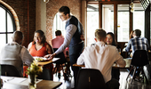 Time to Ban Tips? How to Figure Out What's Best for Your <em>Restaurant</em>?